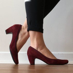 """CRANBERRY SUEDE 1.5"""" HEELED PUMPS (SIZE 9)"""